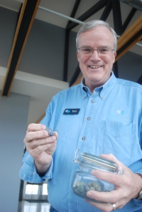 Tom Knighton shows off a real bluestone--the kind with an 'e'.