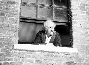 a-christmas-carol-1951-window-4