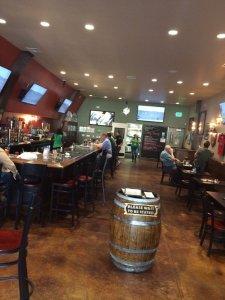 Porter's Pub, Happy Hour
